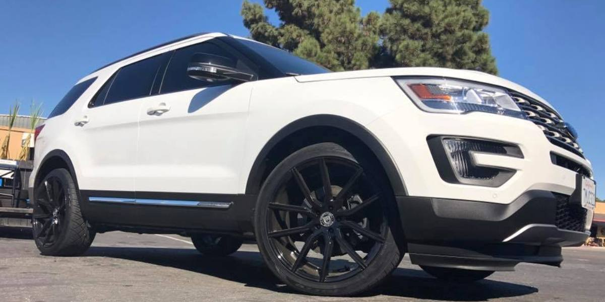 Gallery socal custom wheels 2016 ford explorer brand lexani wheels publicscrutiny Images
